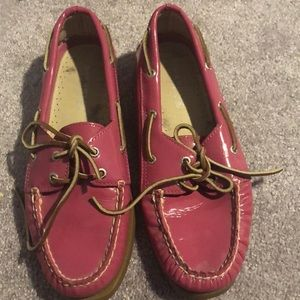 Pink patent Sperry size 8